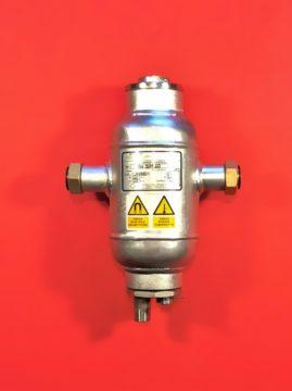 Separator zanieczyszczeń ze stosem magnetycznym