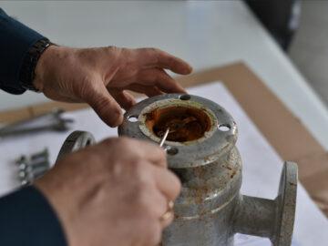 Zanieczyszczenia instalacji centralnego ogrzewania, a filtry siatkowe.